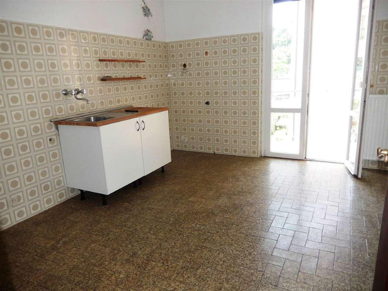 Appartamento 6 locali in affitto a Casarza Ligure (GE)