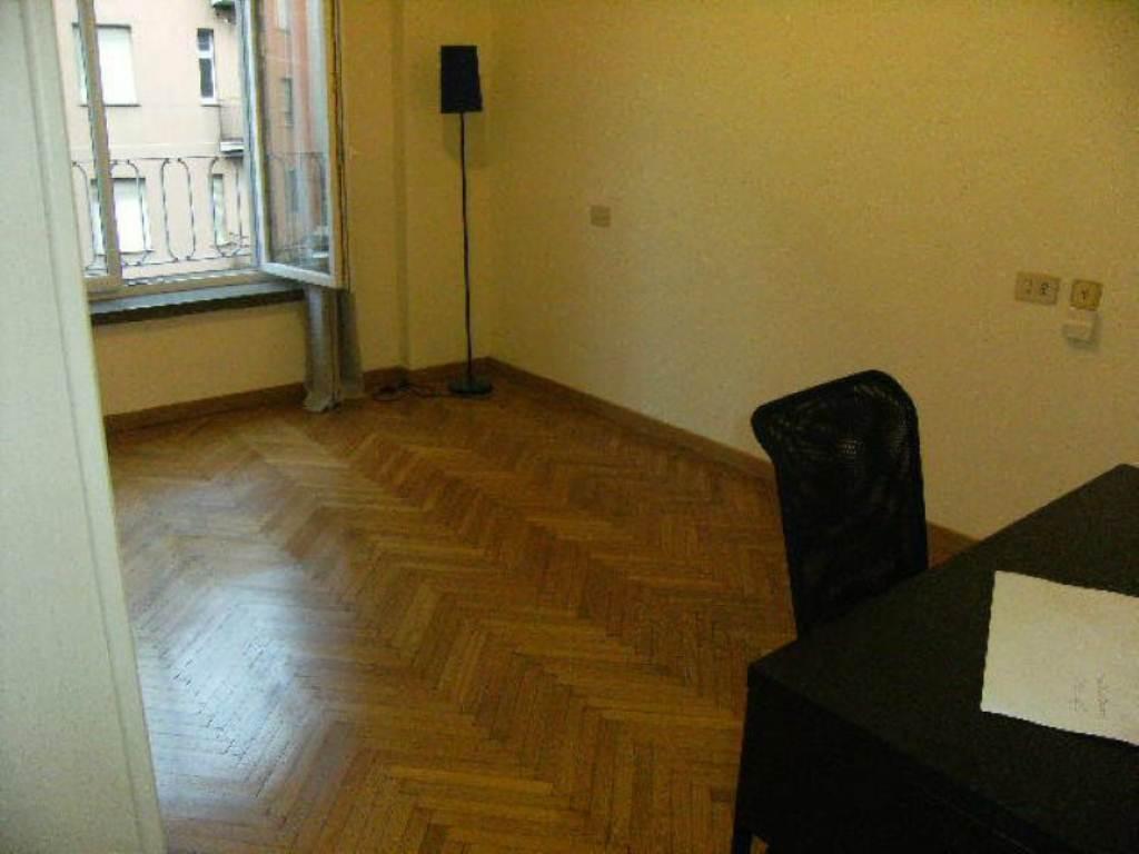 Bilocale Milano Via Via Tito Livio 10