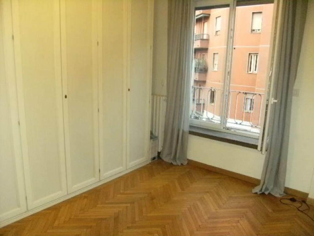 Bilocale Milano Via Via Tito Livio 11