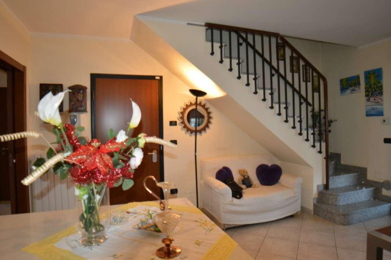 Foto 1 di Appartamento via Po, Orbassano
