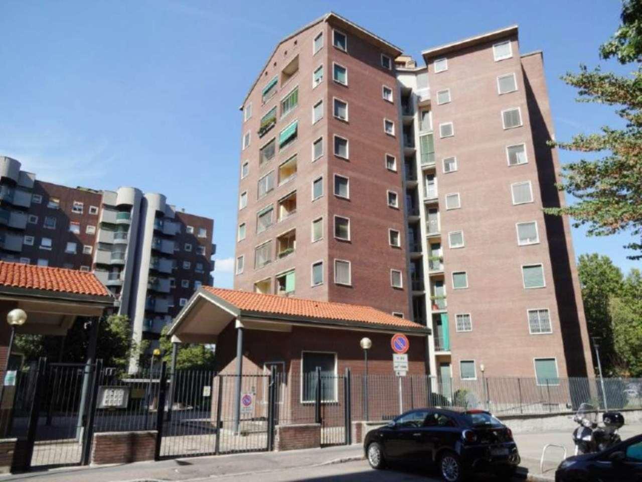 Bilocale Milano Via Marchetti 1