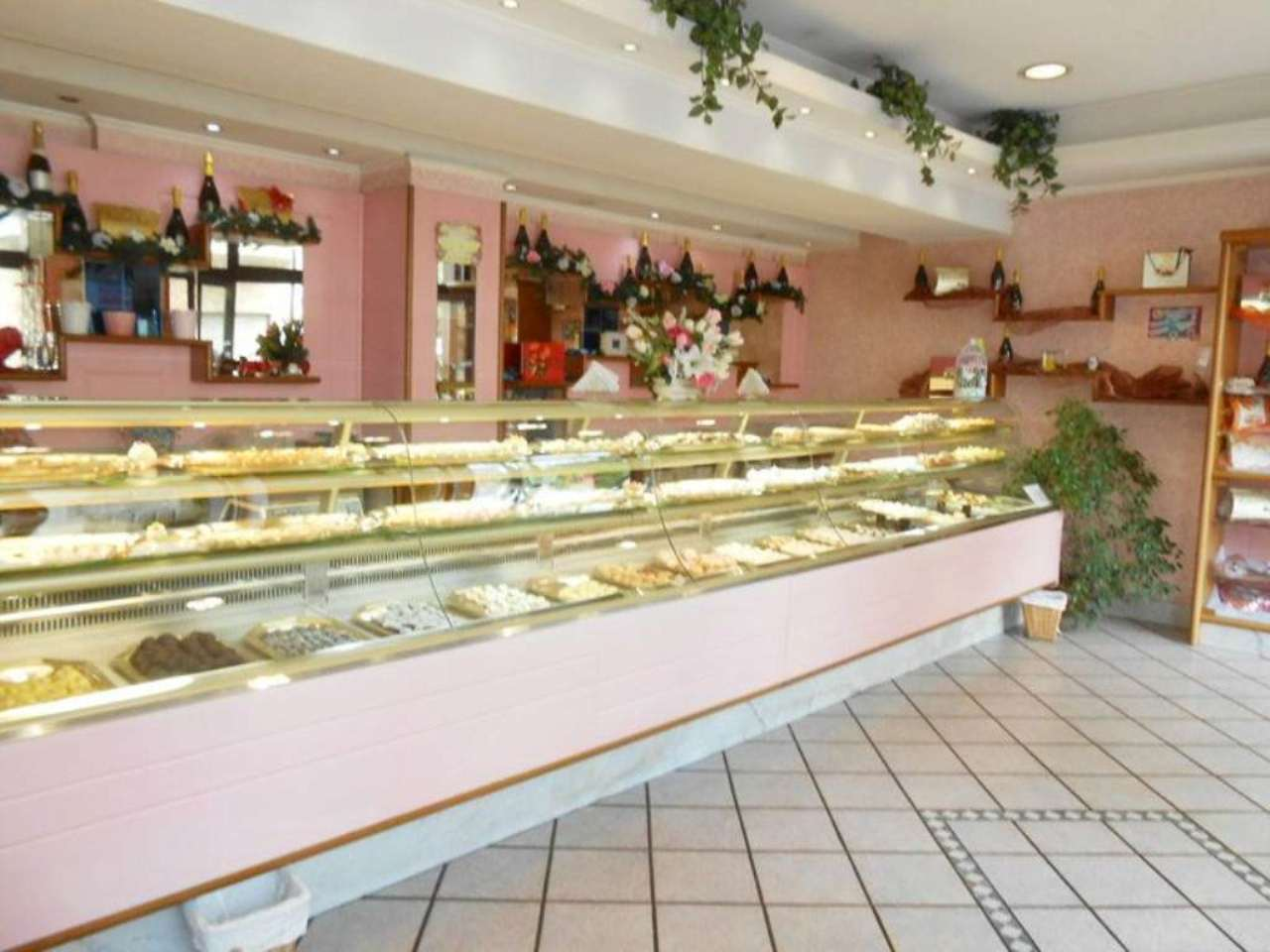 Attività / Licenza in vendita a Roma, 1 locali, zona Zona: 10 . Pigneto, Largo Preneste, prezzo € 49.900 | Cambio Casa.it