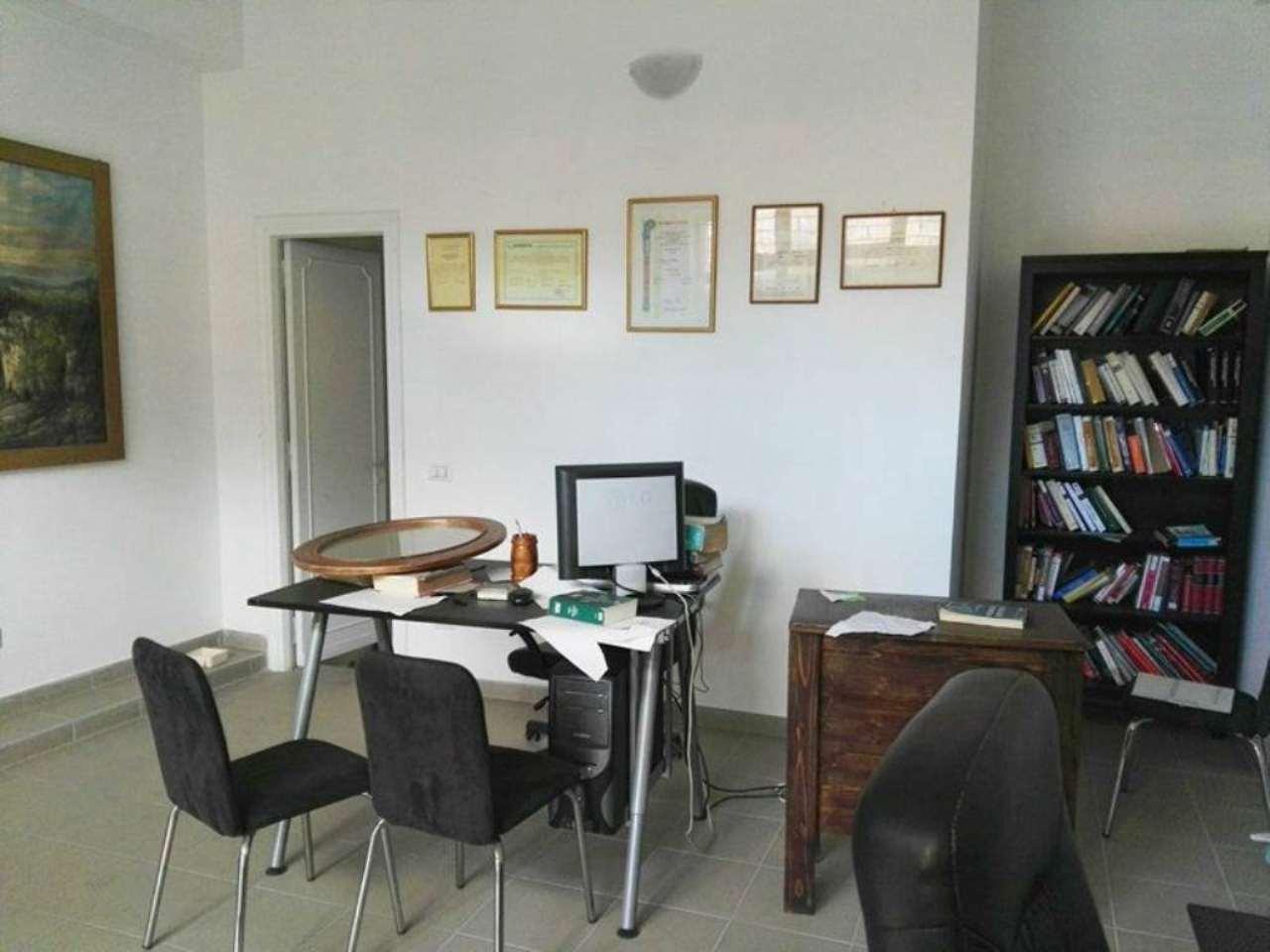 Negozio / Locale in affitto a Roma, 2 locali, zona Zona: 10 . Pigneto, Largo Preneste, prezzo € 450 | Cambio Casa.it