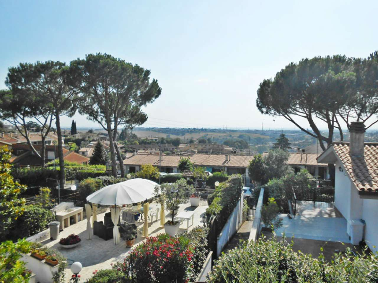 Villa a Schiera in Vendita a Guidonia Montecelio