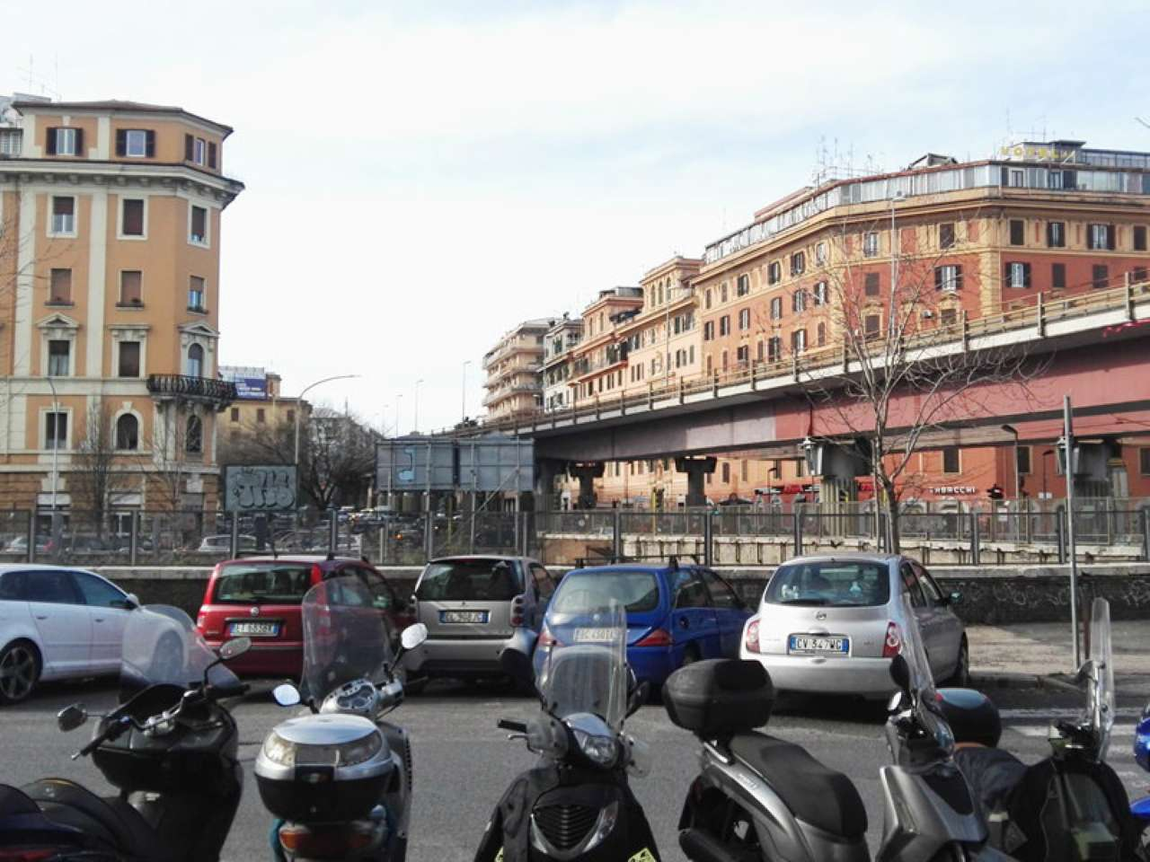Albergo in vendita a Roma, 25 locali, zona Zona: 10 . Pigneto, Largo Preneste, prezzo € 790.000 | CambioCasa.it