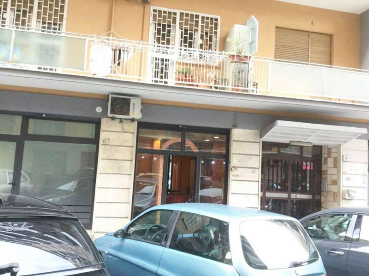 Negozio / Locale in vendita a Roma, 2 locali, zona Zona: 9 . Prenestino, Collatino, Tor Sapienza, Torre Spaccata, Tor Tre Teste, Torre Maura, prezzo € 85.000   Cambio Casa.it