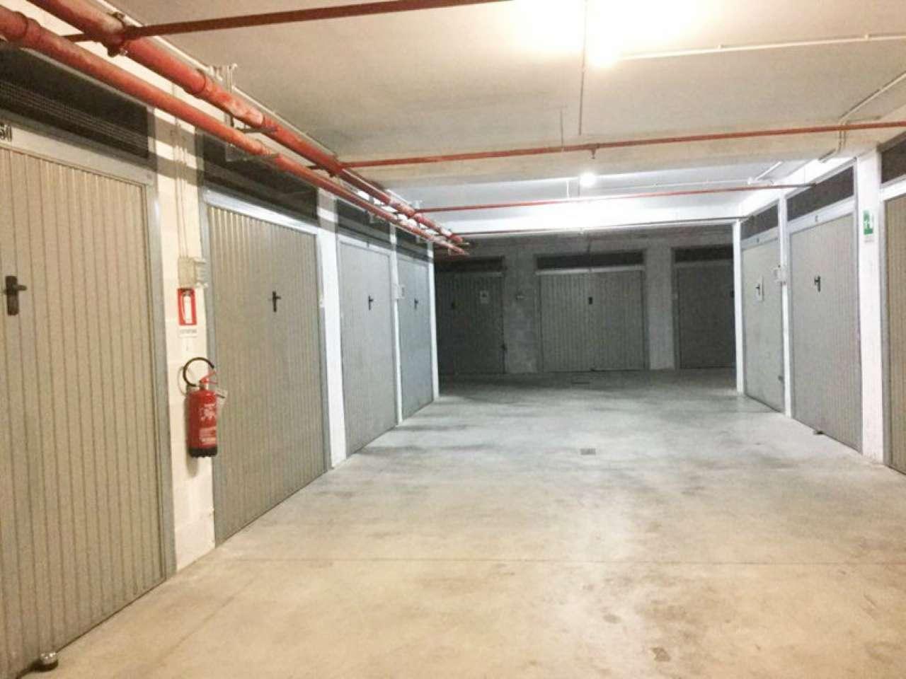 Box / Garage in vendita a Roma, 1 locali, zona Zona: 10 . Pigneto, Largo Preneste, prezzo € 20.000 | CambioCasa.it