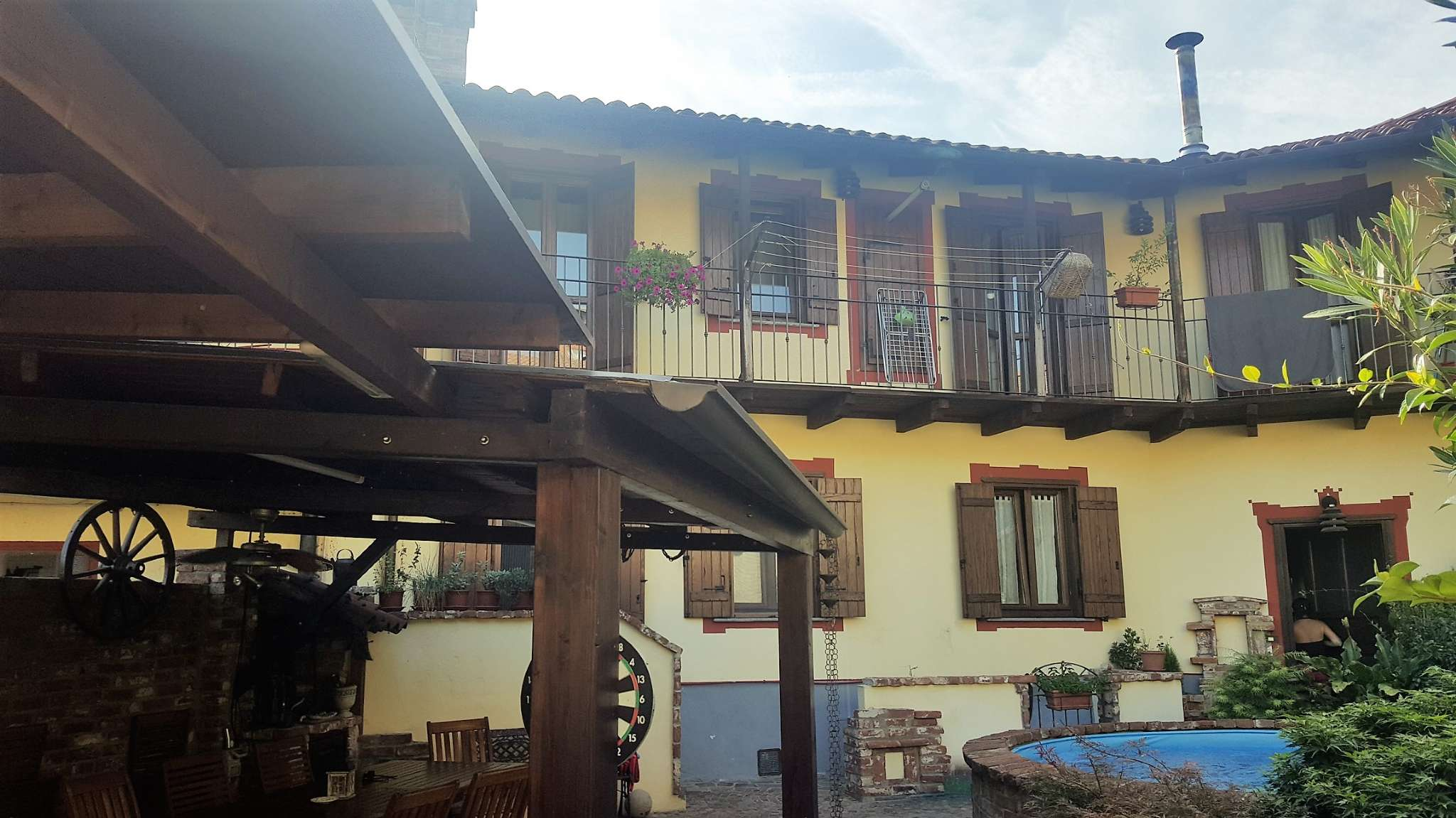 Foto 1 di Appartamento via Bert, Sangano