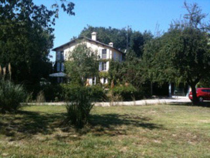 Villa in vendita a Quattro Castella, 10 locali, prezzo € 1.300.000 | Cambio Casa.it