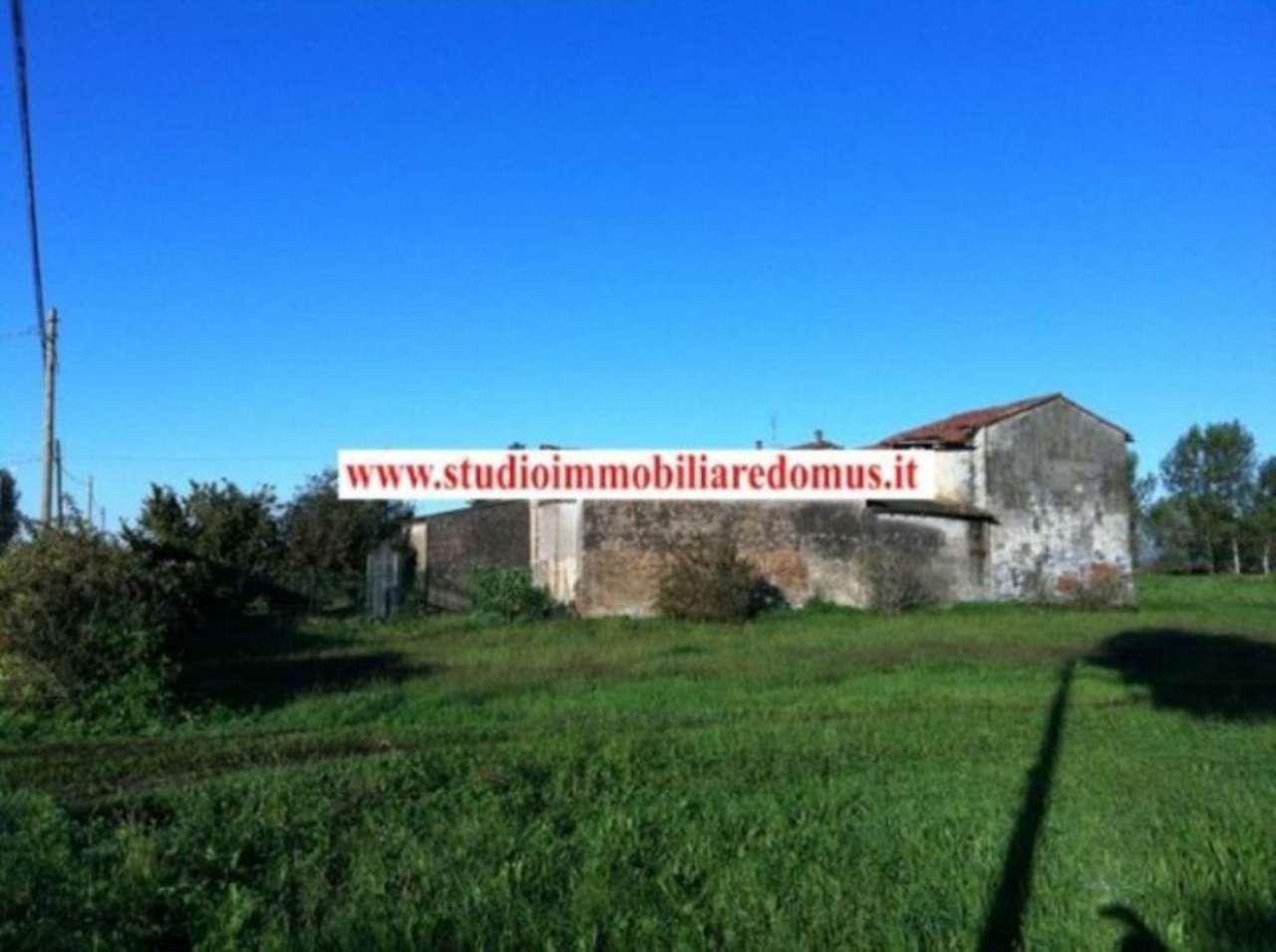 Rustico / Casale in vendita a Casalpusterlengo, 6 locali, prezzo € 198.000 | Cambio Casa.it