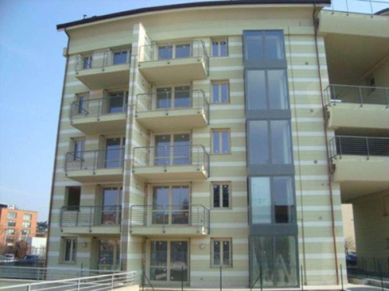 Bilocale Lodi Viale Pavia 2