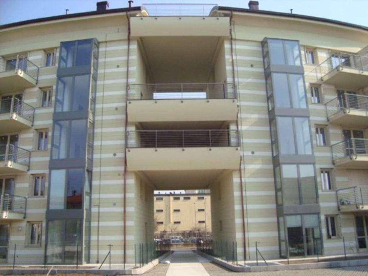 Bilocale Lodi Viale Pavia 4