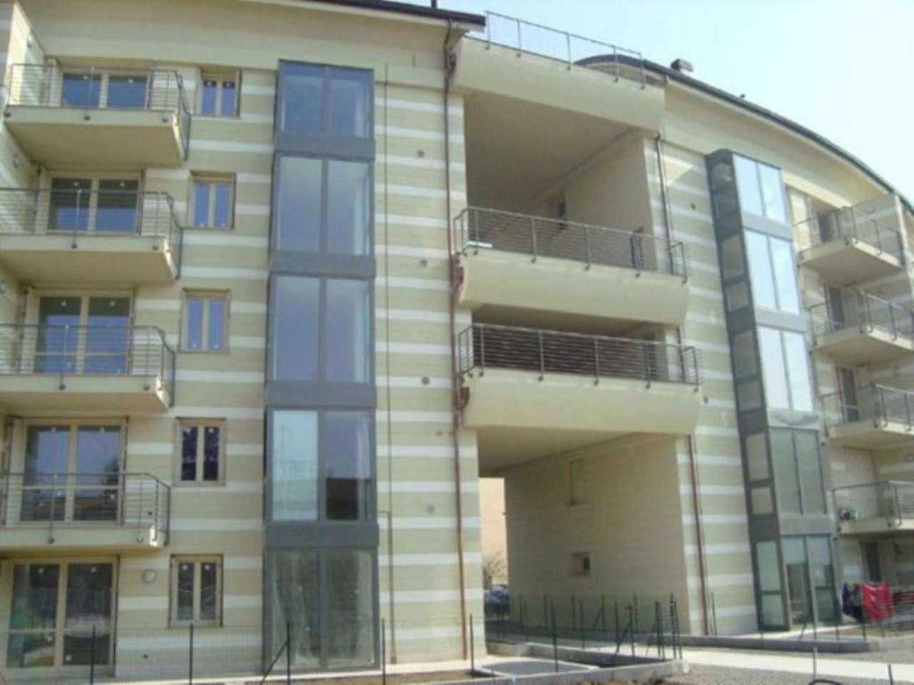 Bilocale Lodi Viale Pavia 5
