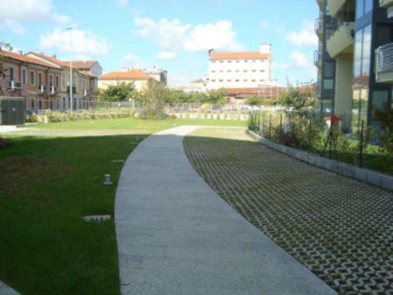 Bilocale Lodi Viale Pavia 10