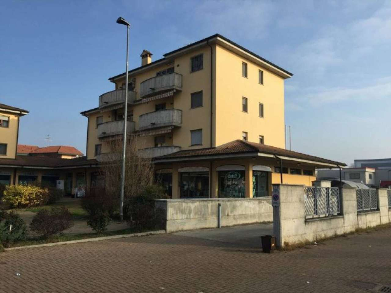 Bilocale Lodi Piazza Savarè 1