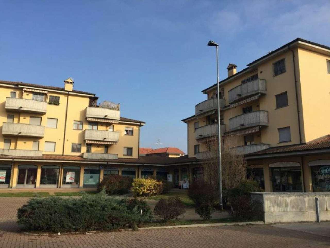 Bilocale Lodi Piazza Savarè 2