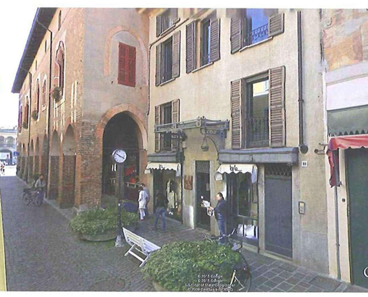 Negozio / Locale in affitto a Lodi, 2 locali, prezzo € 30.000 | CambioCasa.it
