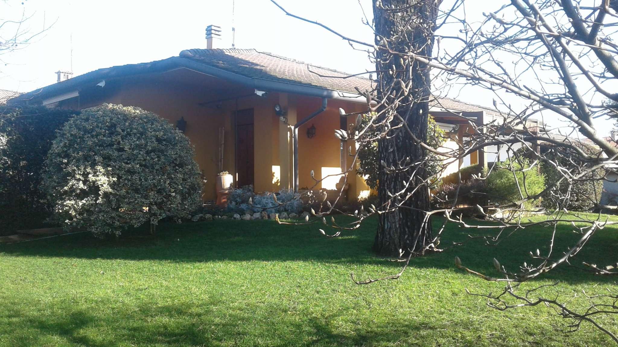 Foto 1 di Villa via verdi 10, Pieve Fissiraga