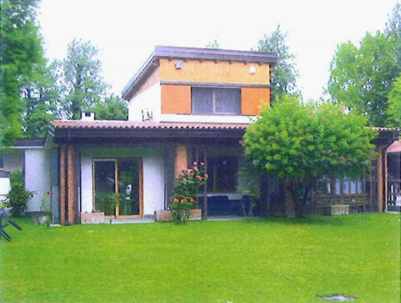 Villa in vendita a Montanaso Lombardo, 4 locali, Trattative riservate | Cambio Casa.it