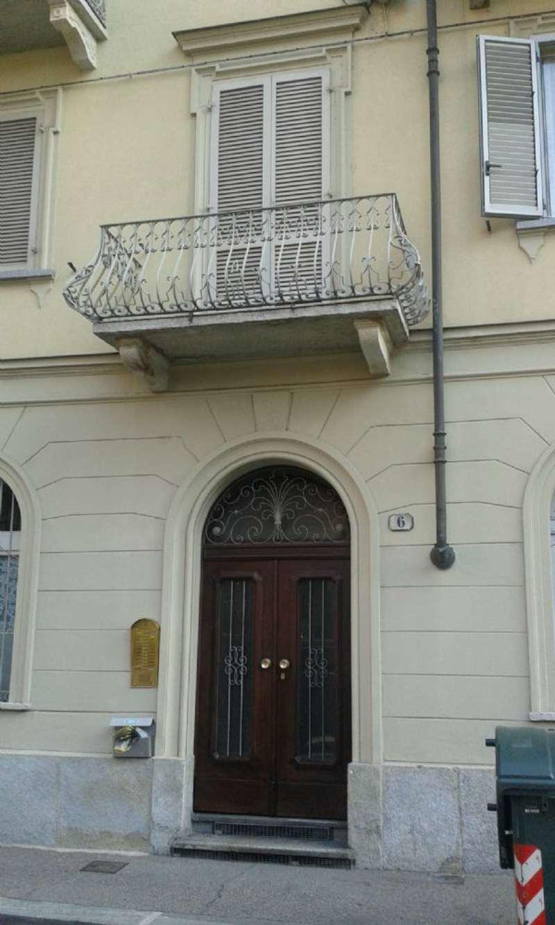Bilocale Torino Via Avet 2