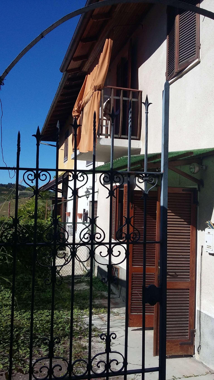 Foto 1 di Appartamento via Asilo 49, Sala Monferrato