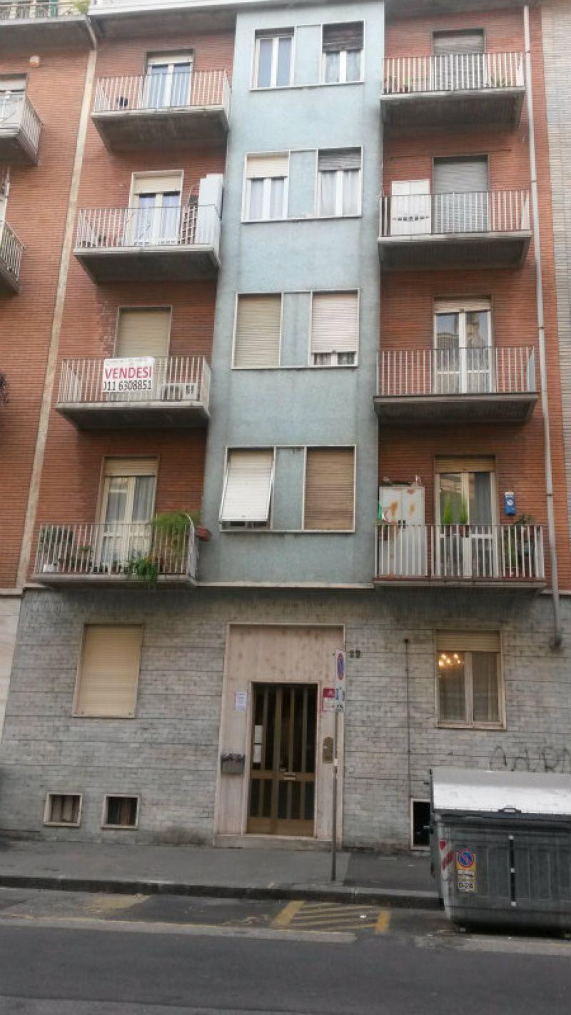 Bilocale Torino Via Bene Vagienna 1