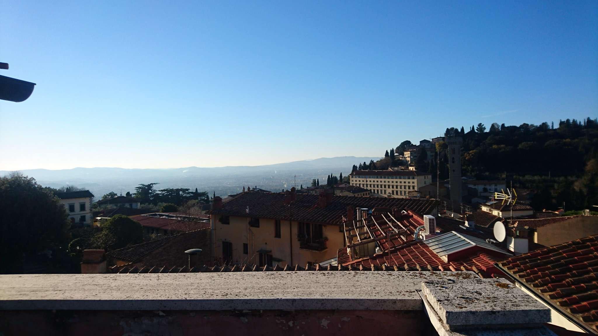 Attico / Mansarda in vendita a Fiesole, 12 locali, prezzo € 980.000 | CambioCasa.it