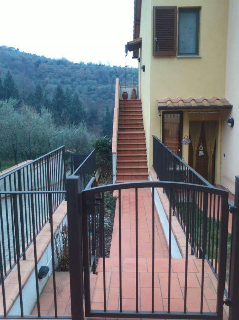 Appartamento in vendita a Reggello, 4 locali, prezzo € 190.000 | Cambio Casa.it