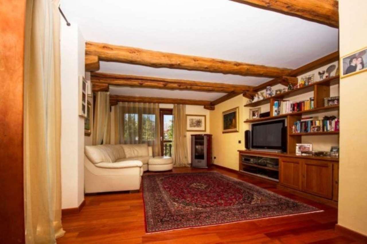Appartamento in vendita a Sauze d'Oulx, 4 locali, prezzo € 380.000 | Cambio Casa.it