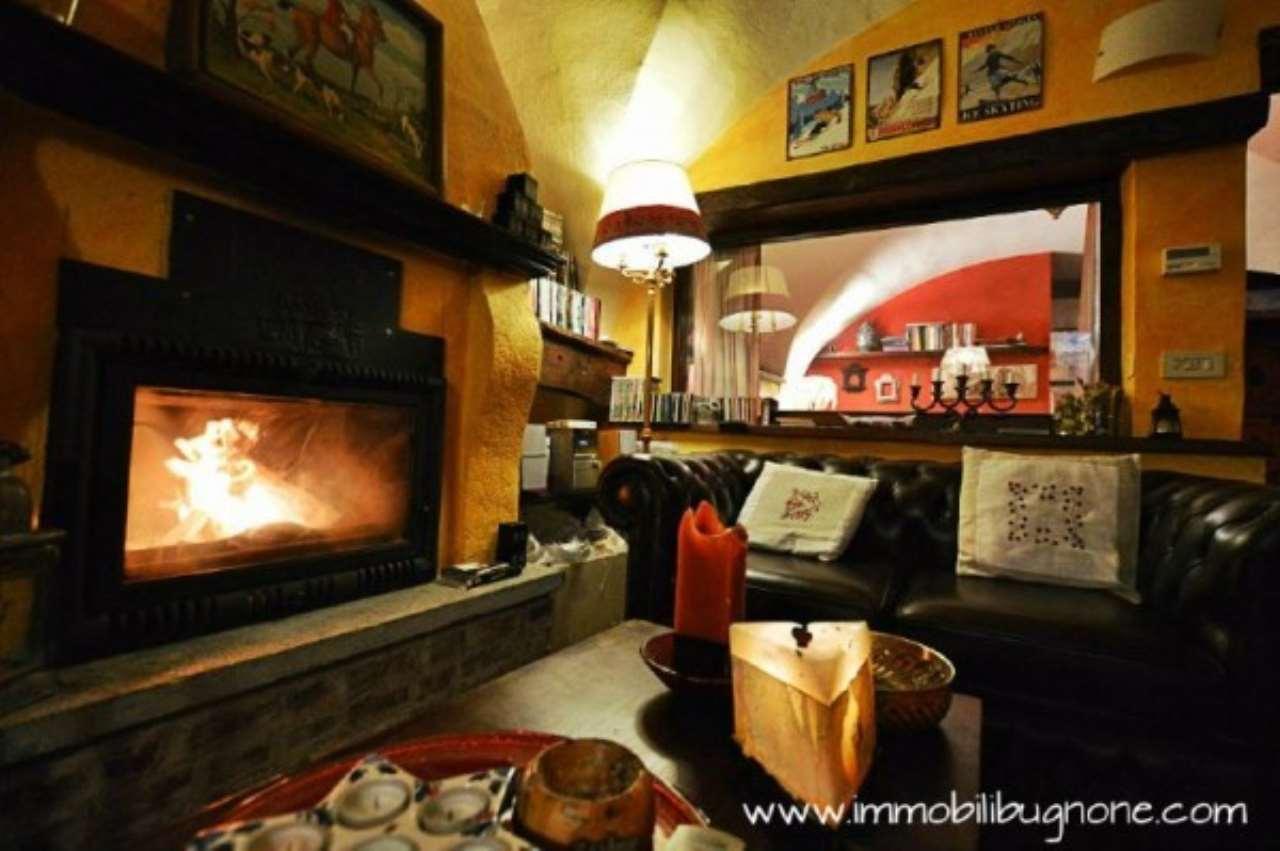 Rustico / Casale in vendita a Sauze d'Oulx, 3 locali, prezzo € 240.000 | Cambio Casa.it