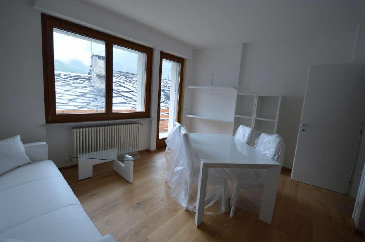 Appartamento in vendita a Oulx, 3 locali, prezzo € 130.000 | CambioCasa.it