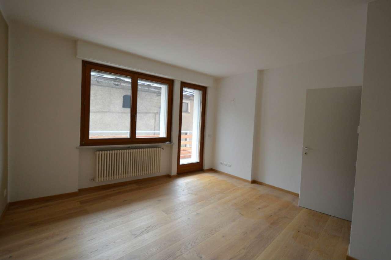 Appartamento in vendita a Oulx, 3 locali, prezzo € 130.000 | Cambio Casa.it
