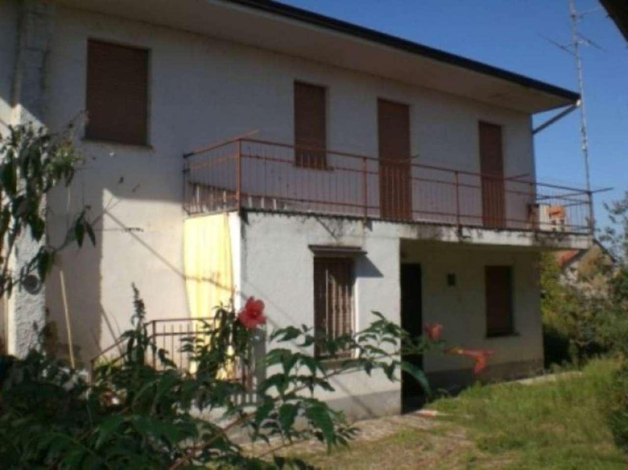 Soluzione Indipendente in vendita a Garlasco, 4 locali, prezzo € 90.000 | Cambio Casa.it