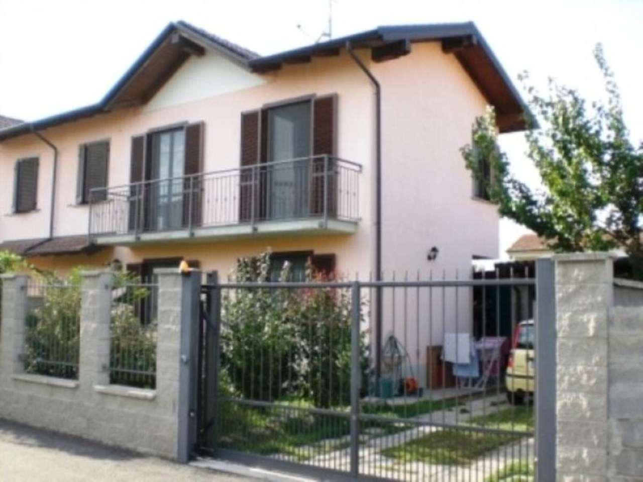 Villa in vendita a Dorno, 4 locali, prezzo € 145.000 | CambioCasa.it
