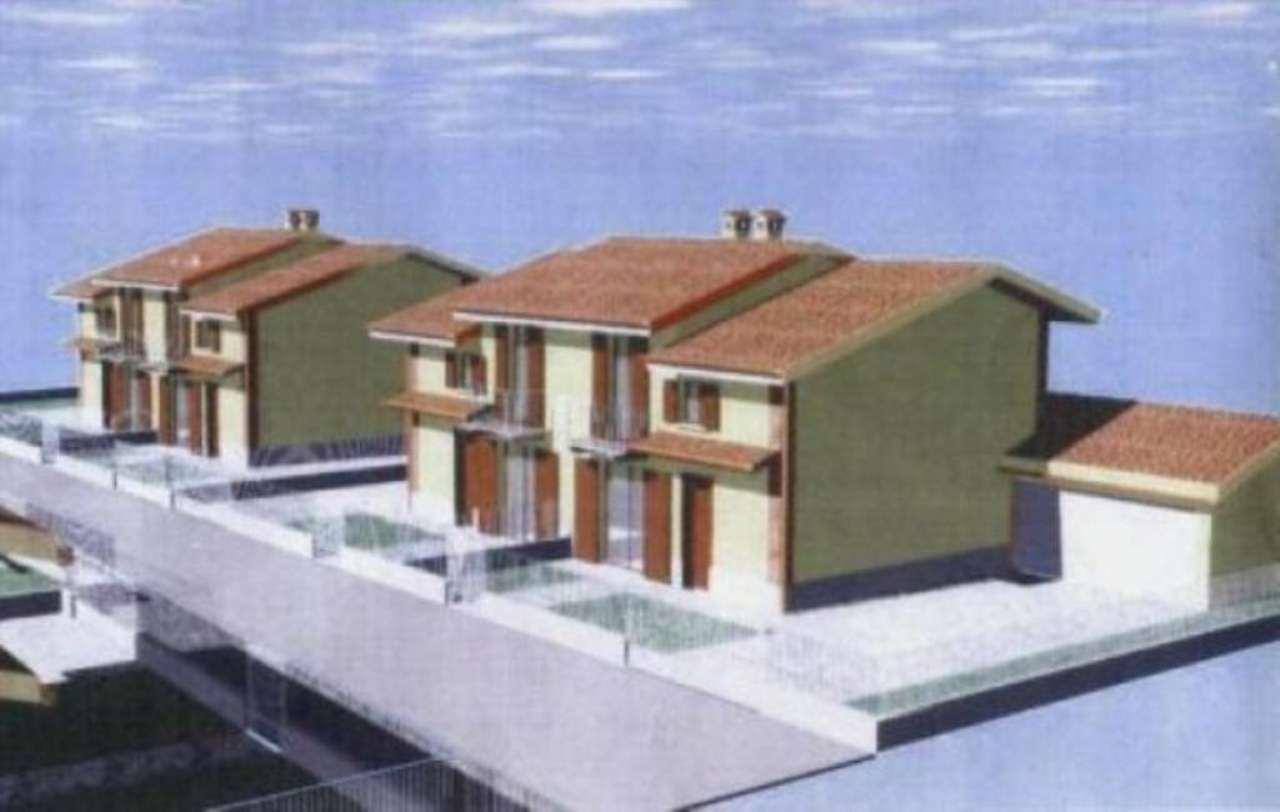 Villa in vendita a Garlasco, 4 locali, prezzo € 180.000 | Cambio Casa.it