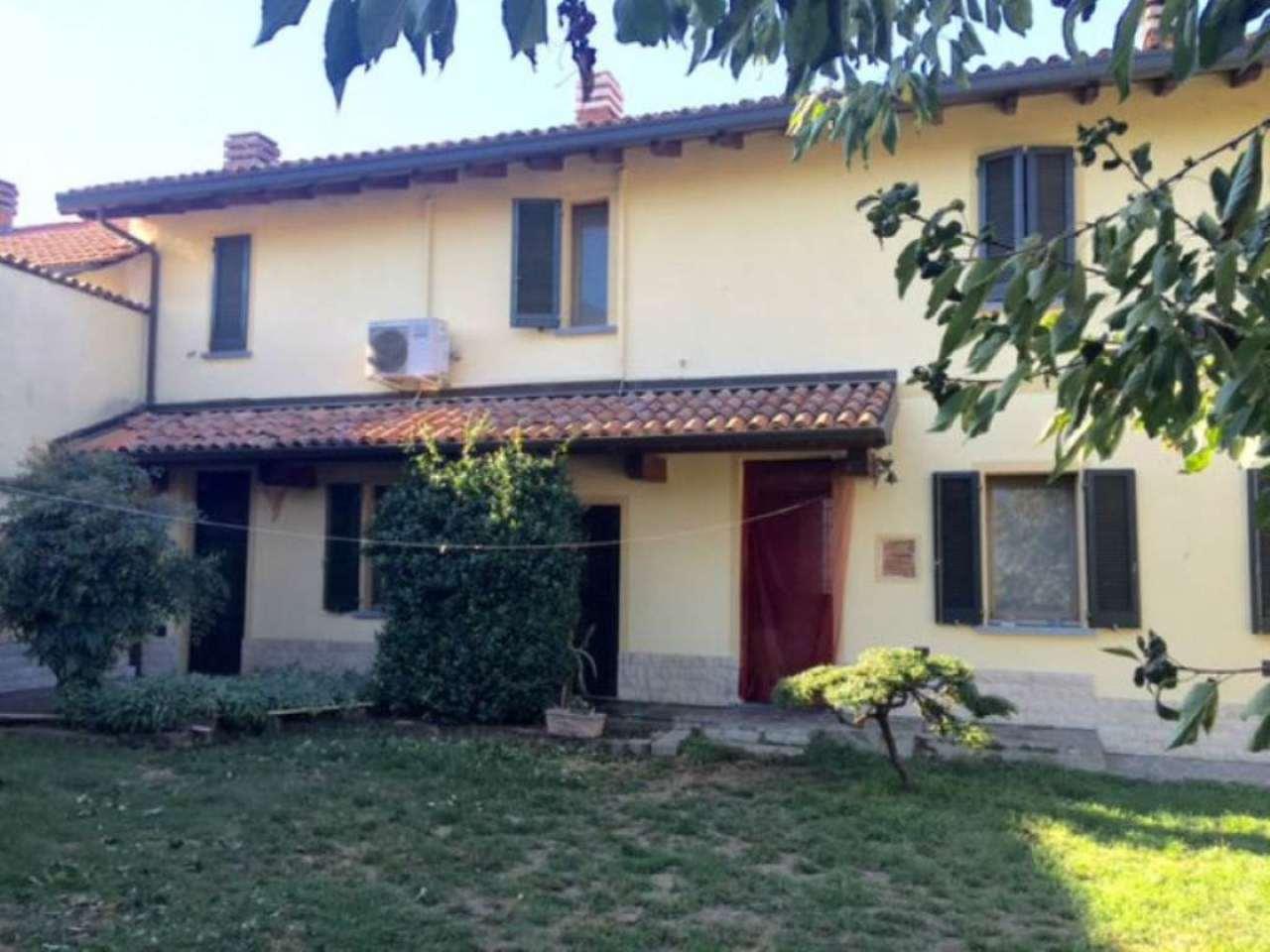 Soluzione Indipendente in vendita a Dorno, 6 locali, prezzo € 215.000 | Cambio Casa.it