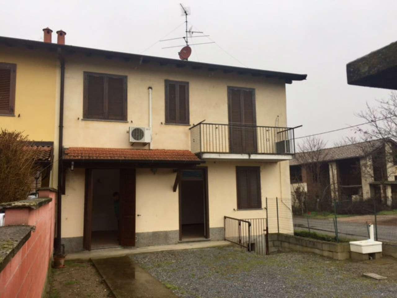 Villa Bifamiliare in Vendita a Garlasco