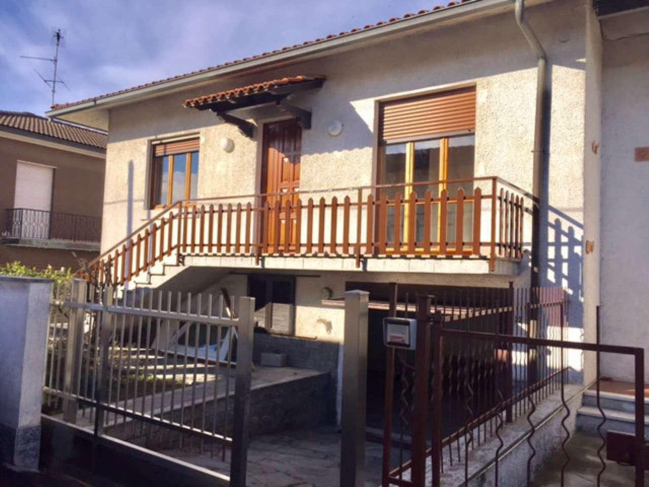 Soluzione Indipendente in affitto a Garlasco, 5 locali, prezzo € 500   Cambio Casa.it