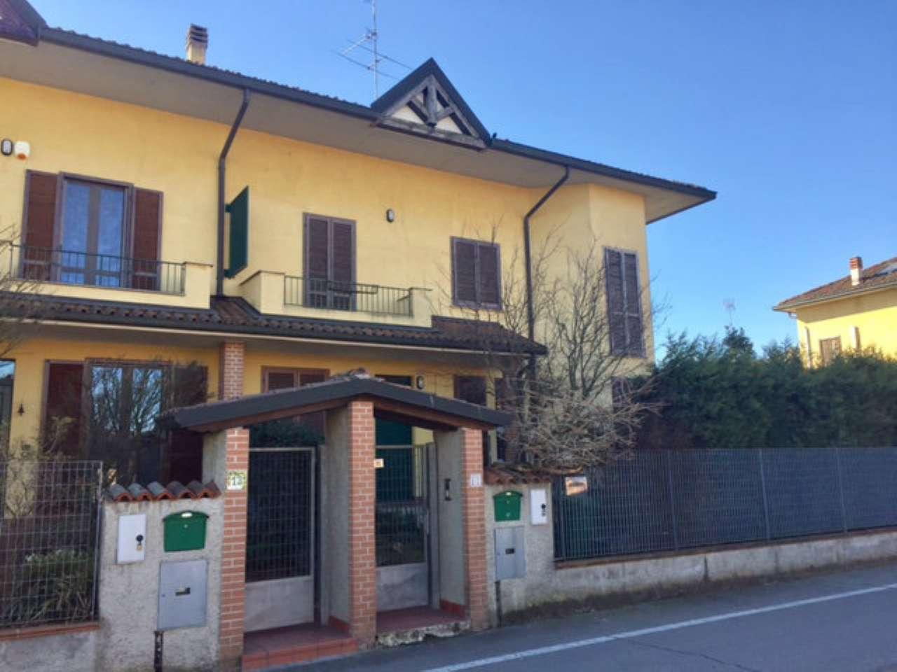 Villa Bifamiliare in vendita a Dorno, 5 locali, prezzo € 145.000 | Cambio Casa.it