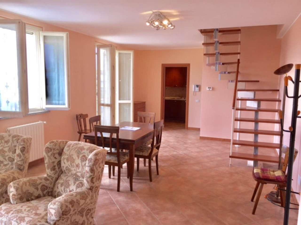 Appartamento in affitto a Garlasco, 3 locali, prezzo € 700 | Cambio Casa.it