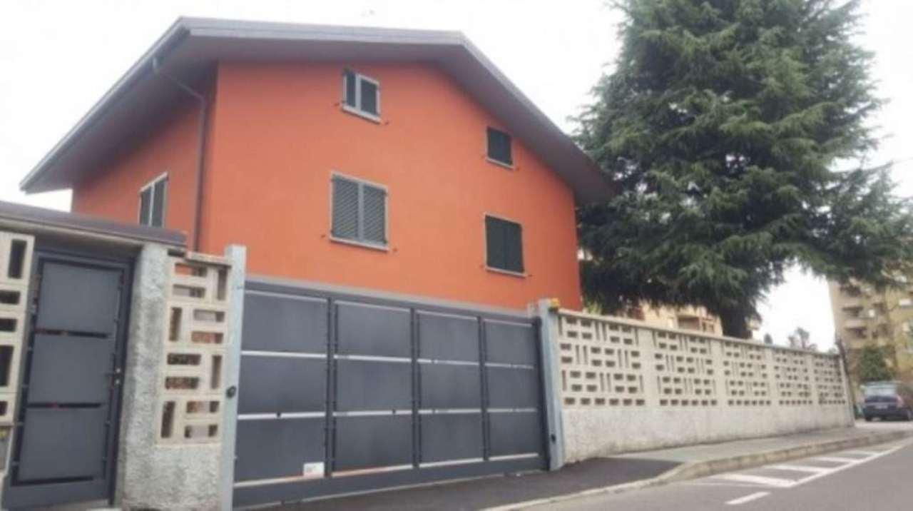 Bilocale Saronno Via Pellegrino Pellegrini 1