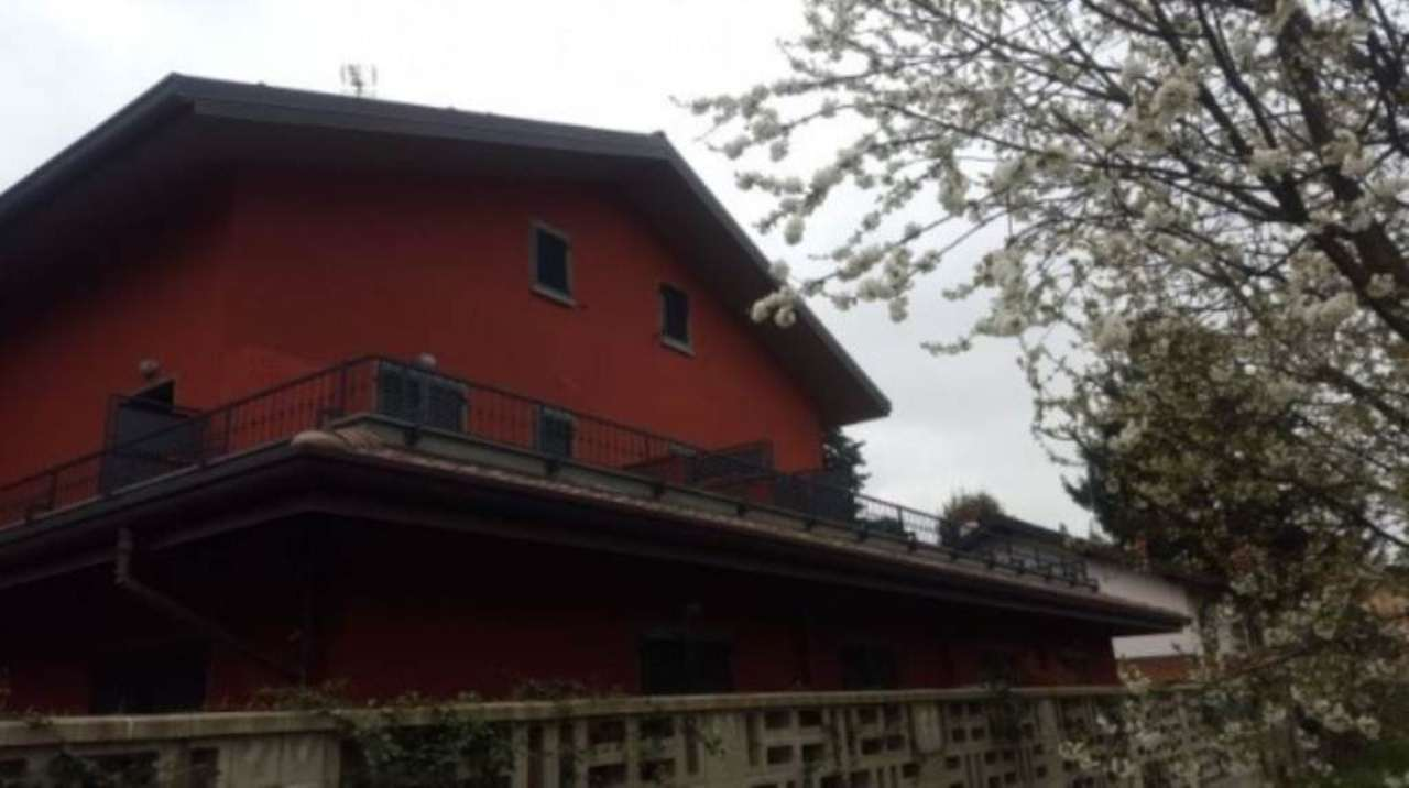 Bilocale Saronno Via Pellegrino Pellegrini 4
