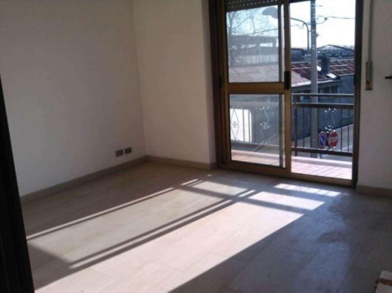 Appartamento in vendita a Ceriano Laghetto, 3 locali, prezzo € 120.000 | Cambio Casa.it