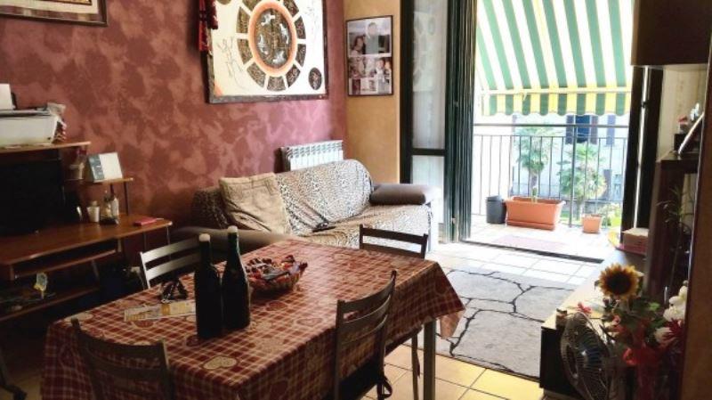 Appartamento in vendita a Gerenzano, 2 locali, prezzo € 120.000 | Cambio Casa.it