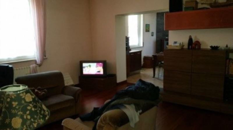 Appartamento in vendita a Rescaldina, 3 locali, prezzo € 188.000 | Cambio Casa.it