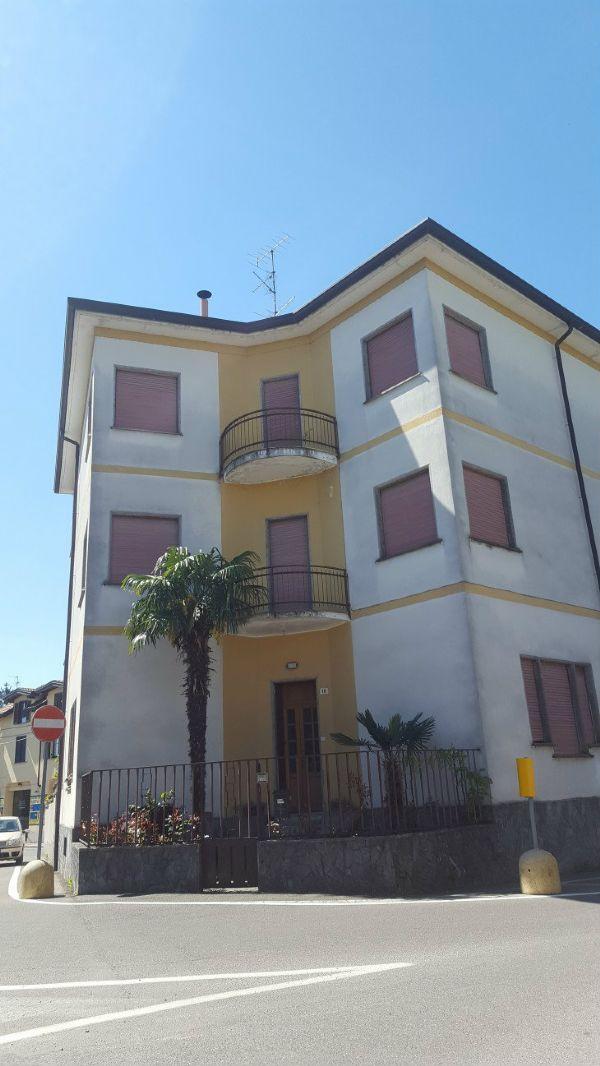 Appartamento in vendita a Gerenzano, 4 locali, prezzo € 95.000 | Cambio Casa.it
