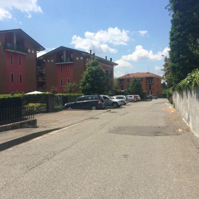 Appartamento in vendita a Tradate, 3 locali, prezzo € 140.000 | Cambio Casa.it