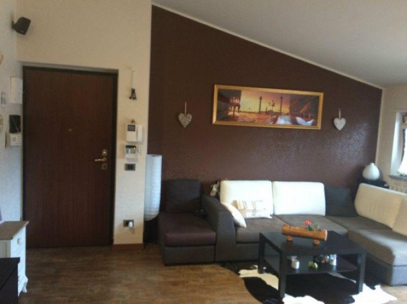 Appartamento in vendita a Caronno Pertusella, 2 locali, prezzo € 169.000 | Cambio Casa.it