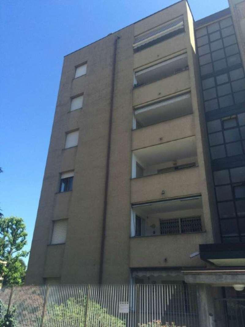 Bilocale Caronno Pertusella Via Matteotti 10