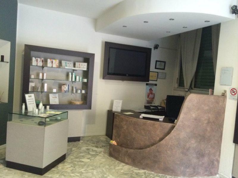 Negozio / Locale in vendita a Saronno, 7 locali, prezzo € 79.000 | Cambio Casa.it